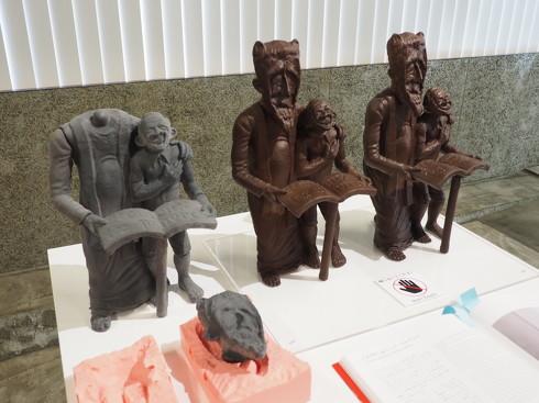 チョコレートの彫像