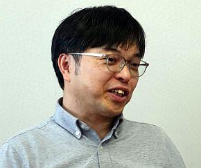 「V-600UHD」の製品開発リーダーを務める辰井氏