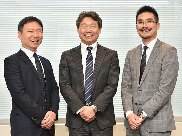 左から、アンシス・ジャパンの土屋知史氏、柴田克久氏、サイバネットシステムの荒深大輔氏。「ANSYS Cloud」の拡販に意気込む