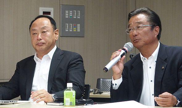 YMRHの石岡修氏(左)と加藤敏純氏(右)