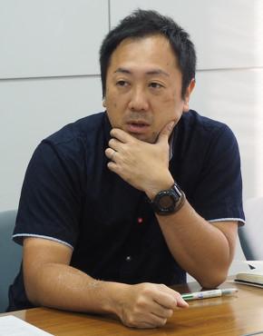 エポック社 ラクーン事業部 企画室 マネージャーの佐藤隆さん
