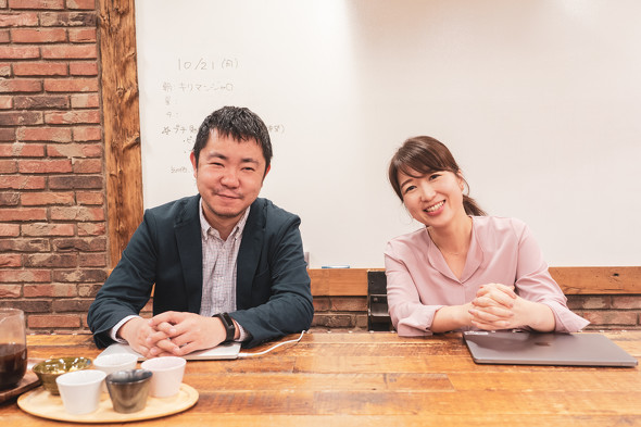 DMM.make AKIBA コミュニティマネジメントグループの橋場光央氏(左)と平林愛子氏(右)