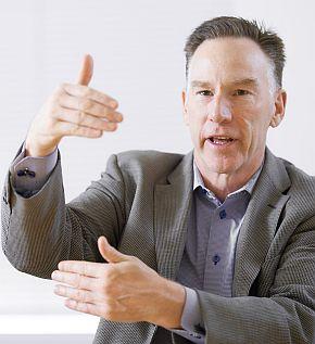 米国ウインドリバー CEOのジム・ダクラス氏