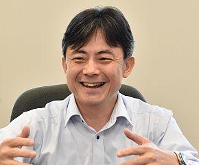 日立建機の田中一博氏