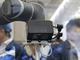 バラ積み部品を高速認識、オムロンがロボットハンドに搭載できる3D認識技術を披露