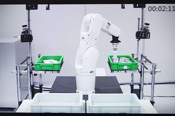 「自律型ピッキングロボット」の動作イメージ