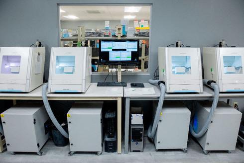 歯科技工所への「DWXシリーズ」導入例