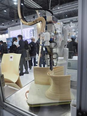 「RobotStudio 3D printing PowerPac」に関する展示デモの様子