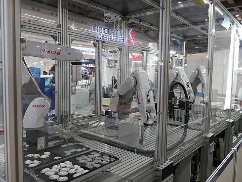 「IoTスマートセル」の生産ライン