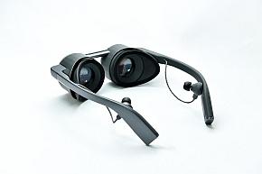 眼鏡型VRグラスの外観