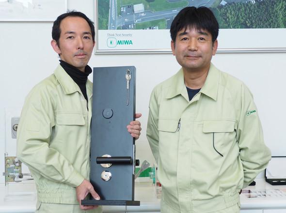 美和ロックで設計者CAEを推進する中野氏(右)と村上氏(左)