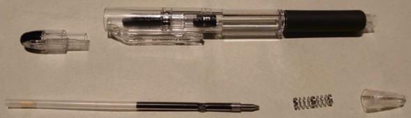 ノック式ボールペンを分解してみると……