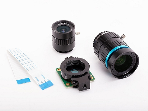 「Raspberry Pi High Quality Camera」と同時発売のレンズ