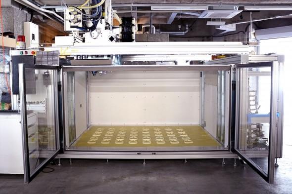 40個のフェイスシールド用フレームを1時間で製造できる