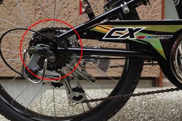 図4 ラチェット機構のある自転車の後輪部(赤色の丸印部分)