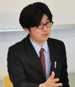 原田学園の平原大助氏