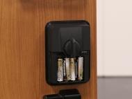 電動オープナーとコントロールボックス