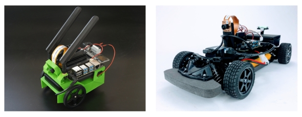 「JetBot」(左)と「JetRacer」(右)