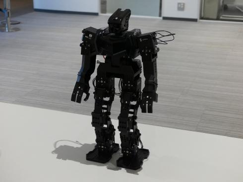 2020年2月のROBO-ONE Lightには、筆者はROBOTISの新型ロボット「Engineer Kit MAX-E1」で出場
