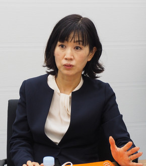 事業企画を担当したキヤノン イメージコミュニケーション事業本部 ICB事業統括部門 課長の早川香奈子氏