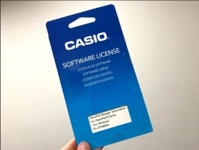 ソフトウェアのライセンスコードが収録されているカード