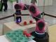 協働ロボットがトルクセンサレスで「柔らかさ」を実現、樹脂で軽量化も
