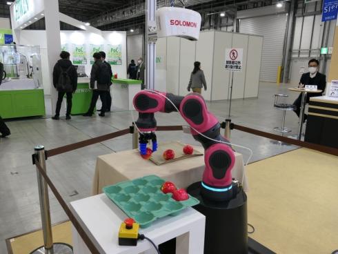 豆蔵が披露した協働ロボット「Beanus2」の試作機