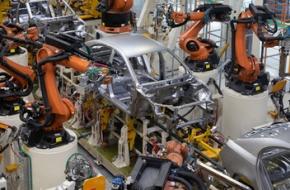 自動化の進んだ工場