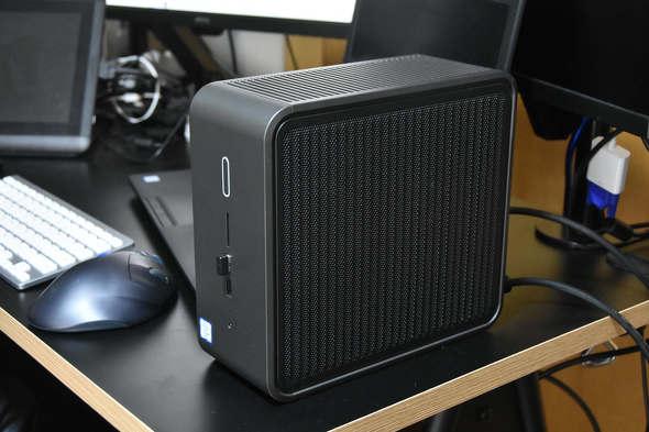 コンパクトながらワークステーションクラスの性能を備える「Intel NUC 9 Pro」