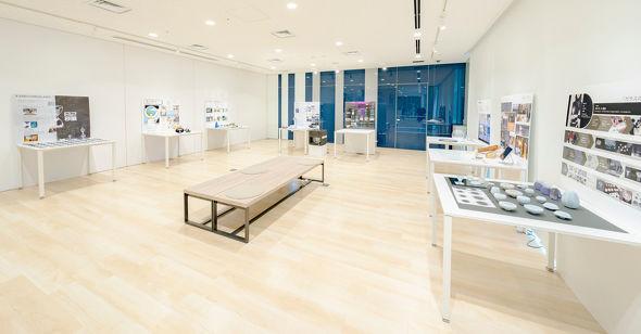 2階スペースは各作品の制作過程などを紹介するプロセス展となっている