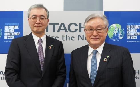 日立の小島啓二氏(左)と東原敏昭氏(右)