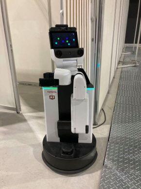 競技に使われるトヨタ自動車のロボット「HSR」
