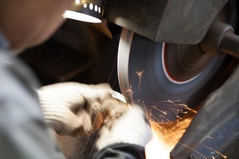 技術力は高いが規模の小さい日本の部品メーカー