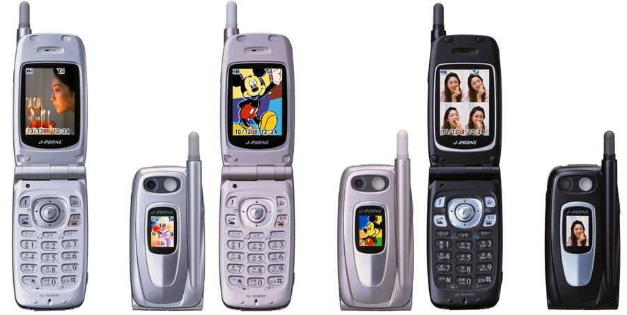 初のQRコード対応携帯「J-SH09」:itmedia.co.jpより引用