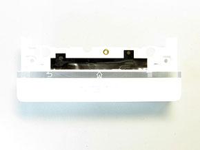 """バラして見ずにはいられない:「Xperia NX SO-02D」 透明パーツが印象的なボディの""""中身""""を分解して知る (3/3)"""