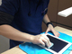 「iPadの保護フィルム貼ります」、ケース購入者に無料サービス