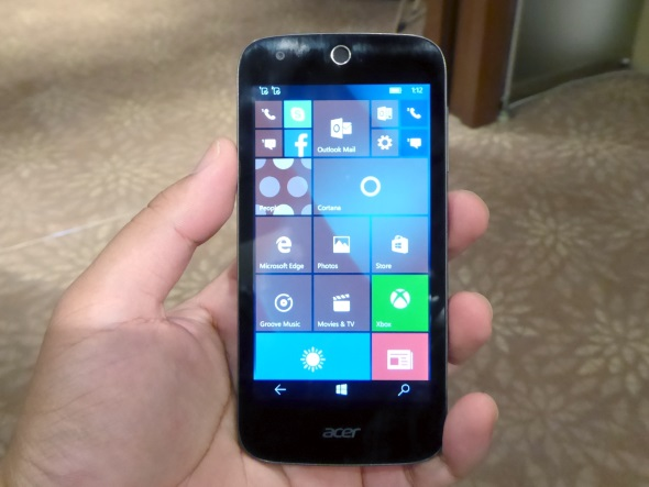 Acerの「Liquid M330」