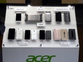 参考展示されていたAcerのスマホ・タブレット
