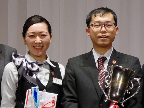 準グランプリの鈴木さんと、グランプリの生田さん