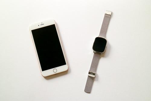 ZenWatch 2��iPhone 6s Plus�ƘA�g�����ĕ֗��������@�\�́H