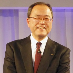 KDDIの田中社長