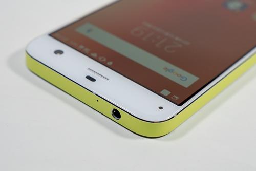 5�C���`�f�B�X�v���C�𓋍ڂ��Ȃ���A4.7�C���`�f�B�X�v���C��iPhone 6s�Ƃقړ�������