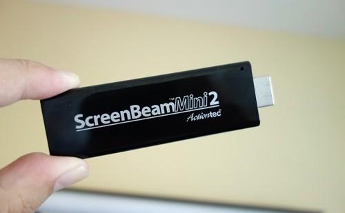 Miracastアダプタ「ScreenBeam Mini2」