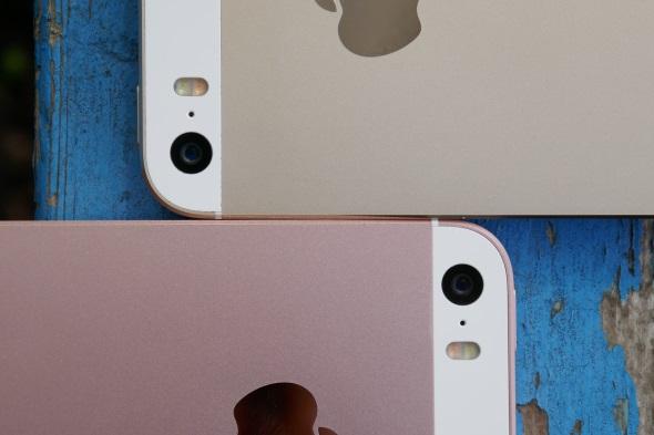 上がiPhone 5s、下がiPhone SE
