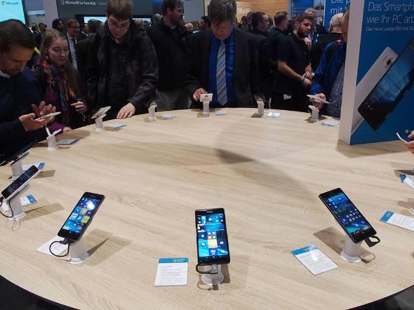 海外のWindows 10 Mobile市場はMicrosoftがほとんどを占める