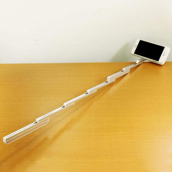 iPhone6s/6s Plus用 自撮り棒変形ケース