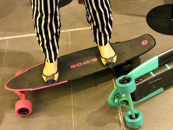 電動スケートボード「E-GO2」