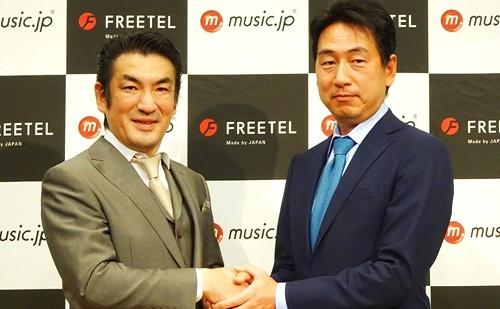 プラスワン・マーケティング代表の増田薫氏と株式会社エムティーアイ取締役副社長の泉氏