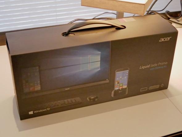 日本ではデスクトップキットとセットで販売