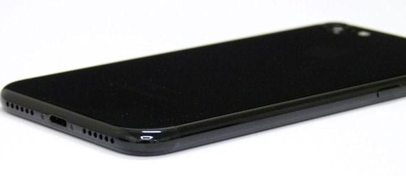 iPhone 7のジェットブラック